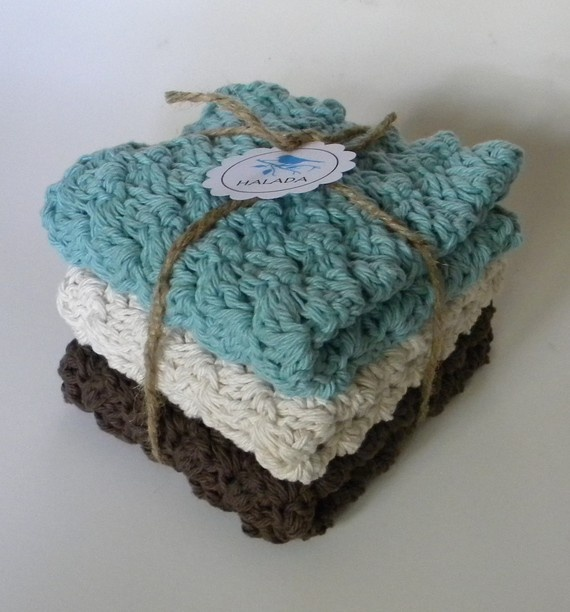 Crocheted Washcloth Set love this! Pinterest