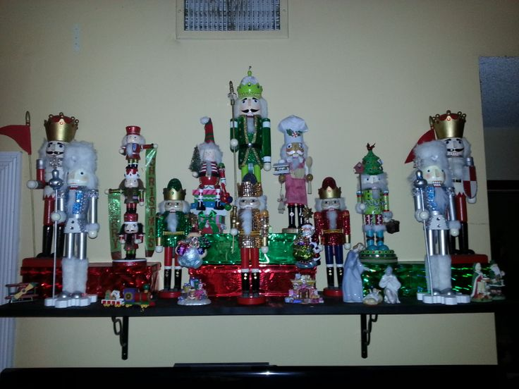 I love Nutcrackers!!!  Christmas Decor Ideas  Pinterest ~ 222853_Christmas Decorating Ideas With Nutcrackers