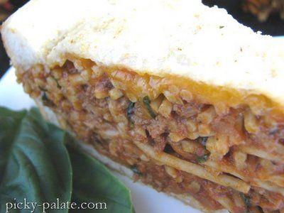 Garlic Toasted Spaghetti Pie... looks SO yummy. Unfortunately, too ...