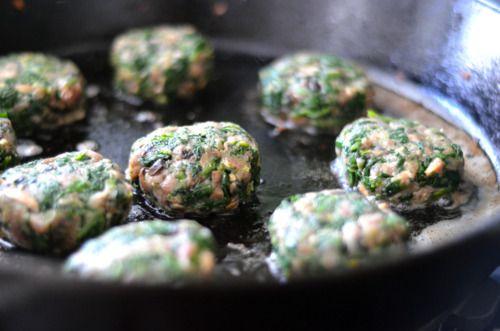 Green Sliders: spinach, mushroom, ground beef sliders.