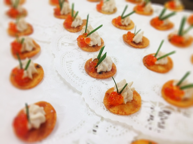 Smoked Salmon Tartare And Potato Chip Canapes Recipe ...