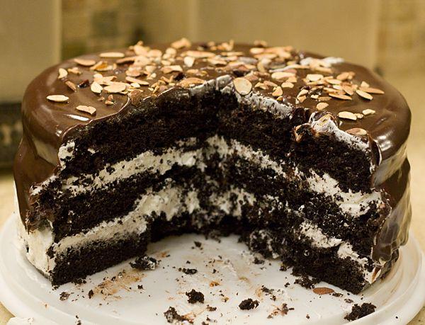Ho Ho Cake - a dense devil's food cake with vanilla buttercream. I ...