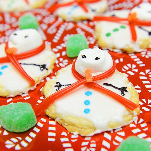 Melting snowman cookies holiday cookie exchange ideas
