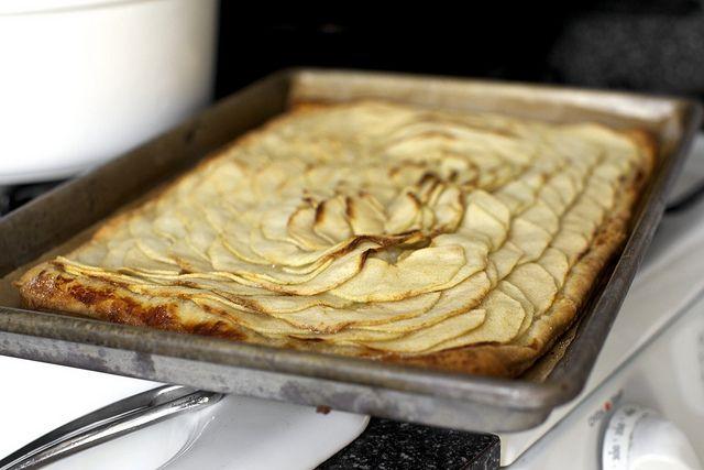 Deb Perelman's Smitten Kitchen apple mosaic tart with salted caramel ...