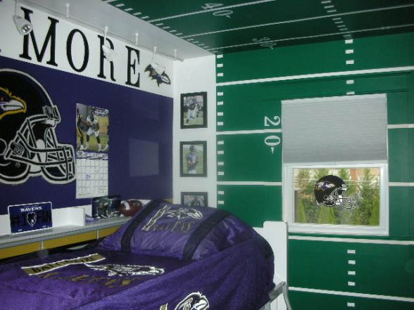 Football room ideas jory pinterest for Boy football bedroom ideas