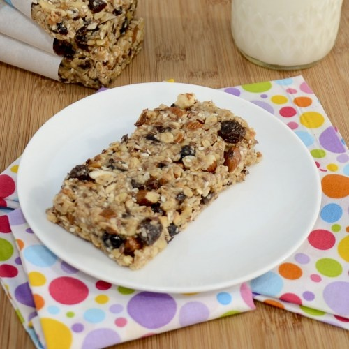 Homemade Thick and Chewy Granola Bars {Sweet Pea's Kitchen}