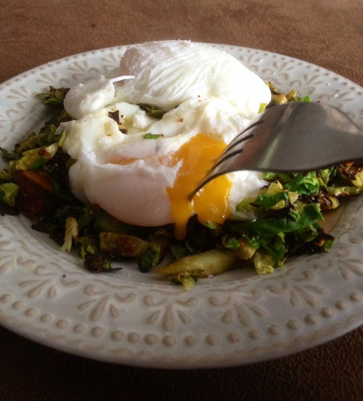 Poached Eggs over Winter Vegetable Hash. How to perfectly poach eggs ...