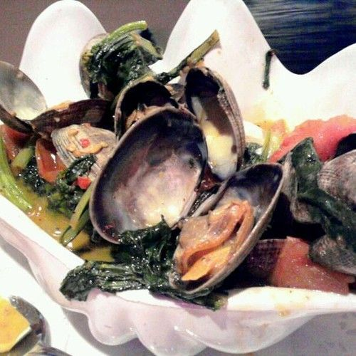 Thai Style Steamer Clams @ Uncle Bo's Pupu Bar & Grill