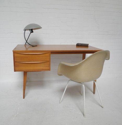 scandinavian vintage wooden desk  Mid century modern  Pinterest