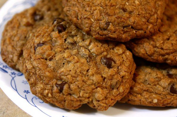 Oatmeal Toffee Chocolate Chip Cookies | Recipe