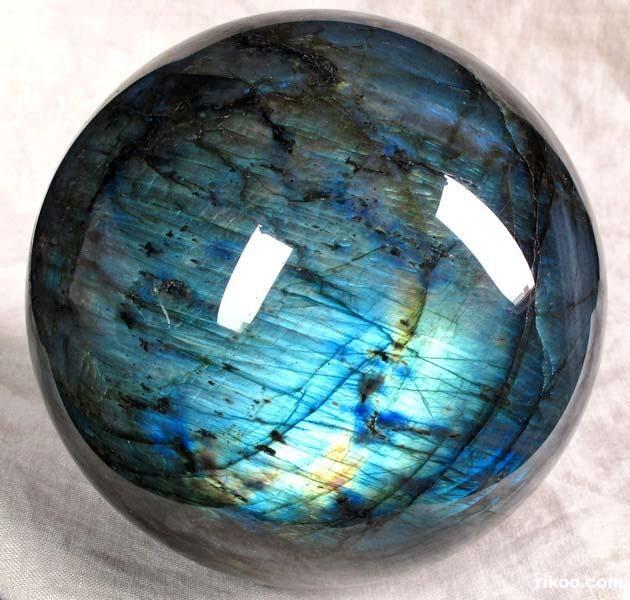 labradorite sphere crystals minerals gemstones
