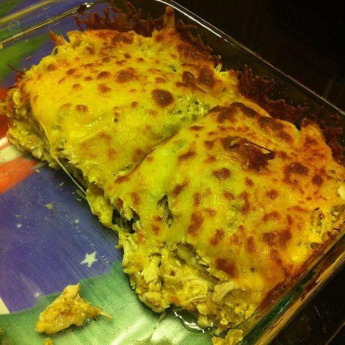 Chicken Tortilla pie | Dinner Sometime | Pinterest