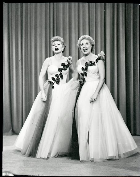 Pin By Tanya Jones On Lucy And Ethel Make Me Laugh Pinterest