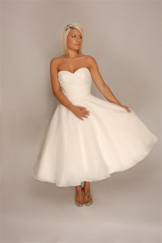 Tea Length 1950s Style Wedding Dress Wedding Pinterest