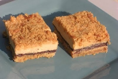 Chocolate Cream Cheese Peanut Butter Bars! Her blog is pretty great ...
