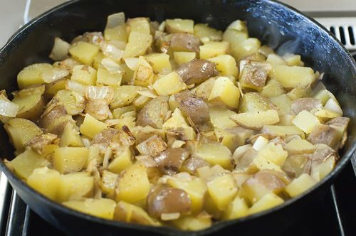 Basic Breakfast Potatoes-from PIONEER WOMAN- she has some of the ...