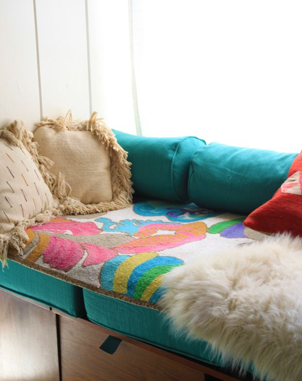 Whimsical rug by Trina Turk. (Burke Decor Giveaway!)