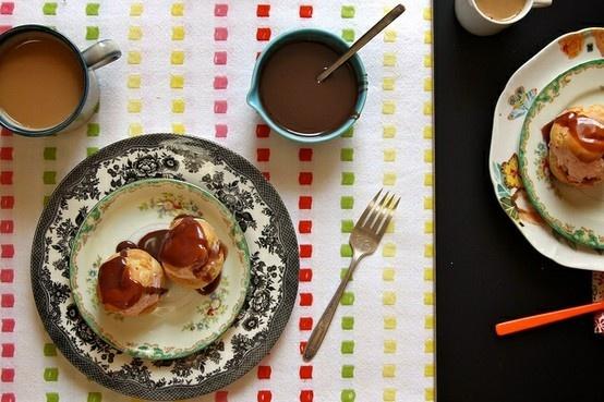 strawberry cream puffs with milk chocolate sauce
