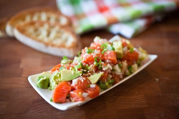salmon-tartare: All u need is some salmon (they used sockeye), some ...
