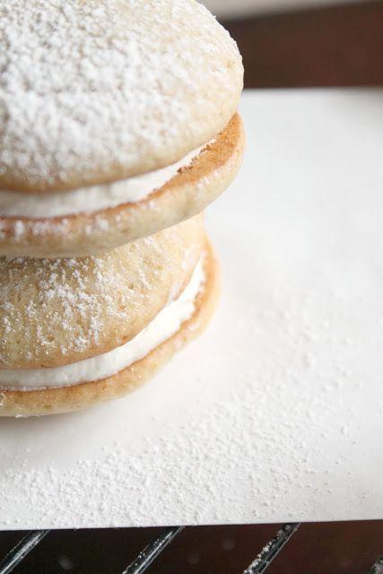 Banana Whoopie Pies | Food | Pinterest