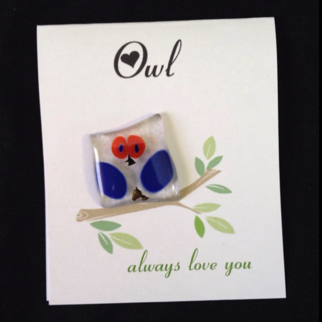 Fused glass pin for your Valentine.