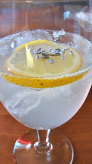 Lavender Tom Collins Infusing gin with lavender, bloody brilliant I ...