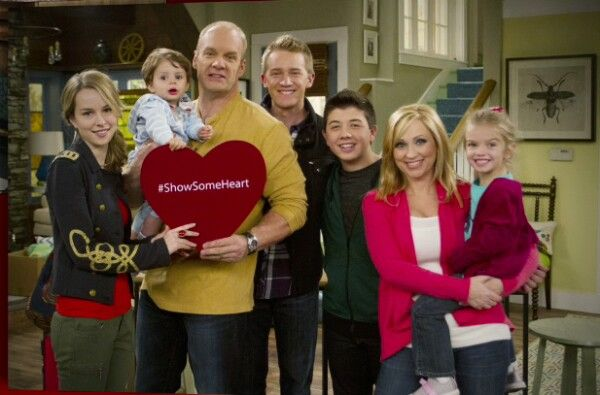 Good luck charlie cast! | My love of ...pop culture ...