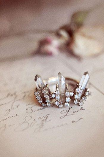 Unearthen  Crown Heirloom Ring