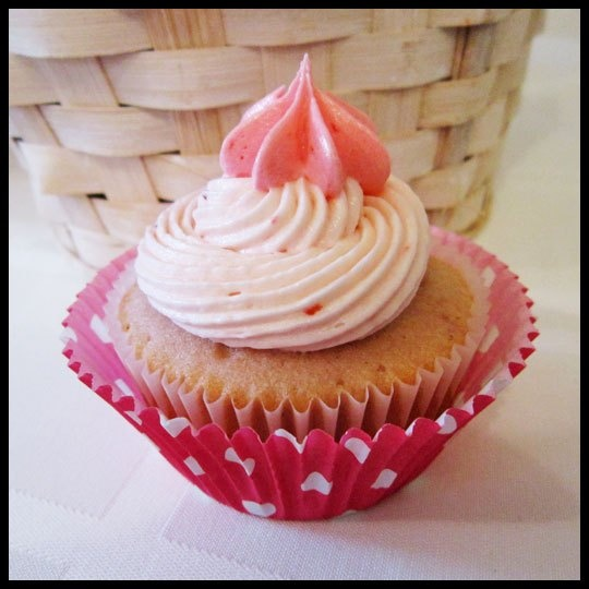 Sprinkles' Strawberry Cupcakes Recipe — Dishmaps