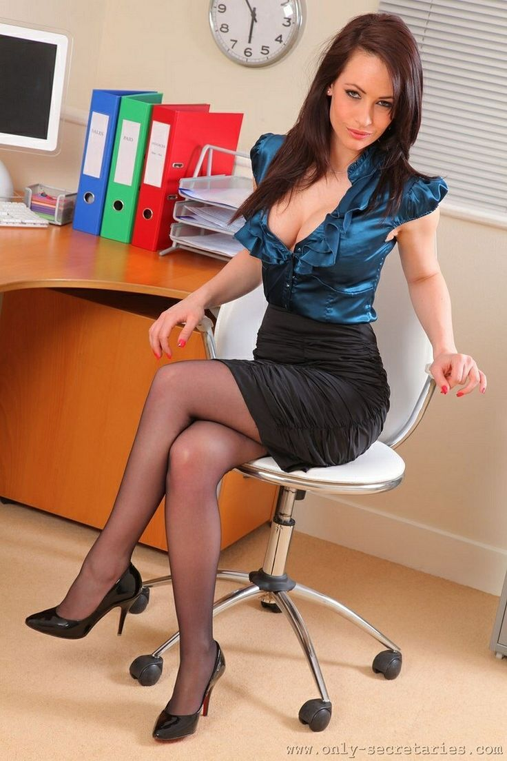 Busty office worker Kendall Karson taking hardcore fucking in high heels № 1578417 без смс