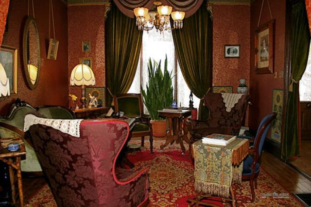 Victorian living room 1900s interior design pinterest for Victorian style interior designs