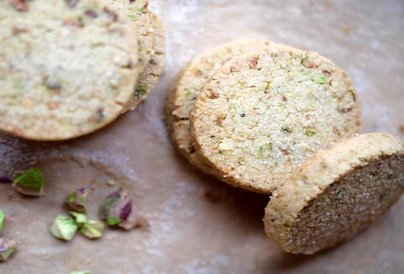 Pistachio Shortbread Cookies from Leite's Culinaria (I might dip half ...
