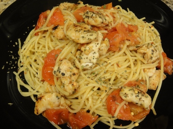 Spaghetti with Sautéed Chicken and Grape Tomatoes [ maybe just the ...