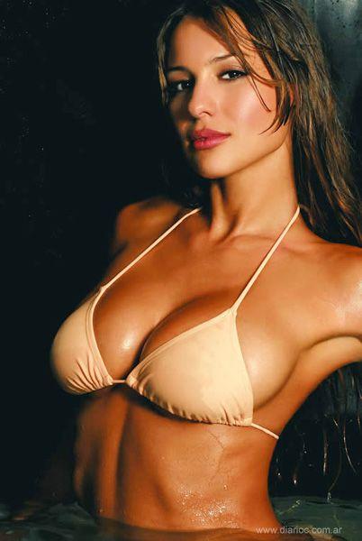 Beautiful Latin Women Pics 44