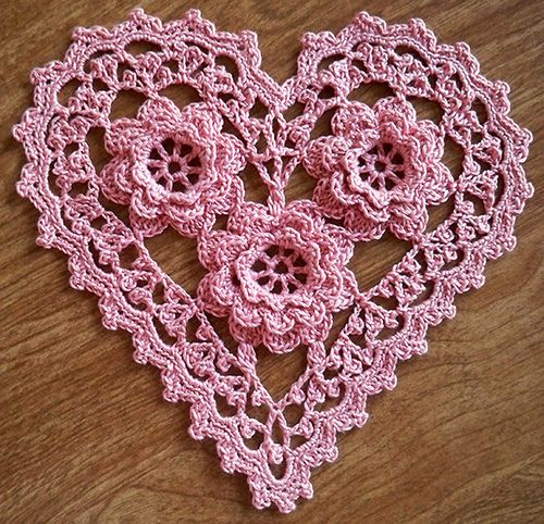 Irish Crochet Roses Heart
