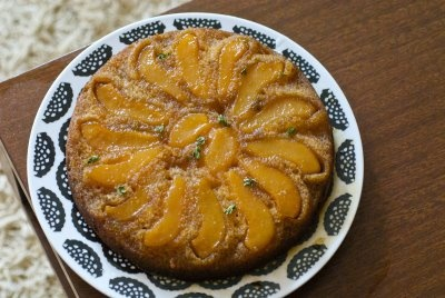 PEAR UPSIDE DOWN CAKE WITH LEMON-THYME SYRUP