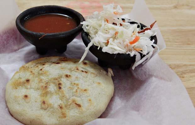 Omg, Pupusas revueltas con curtido y salsa. Best pupusas in town at El ...
