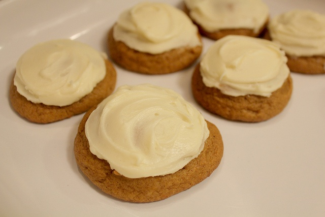 Pumpkin Cookies with Brown Butter Icing | In my bakery | Pinterest
