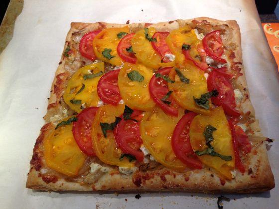 Tomato and goat cheese tart   Food Love   Pinterest