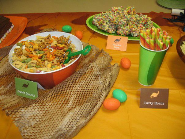 Fun snacks at a Dinosaur Party #dinosaur #partysnacks