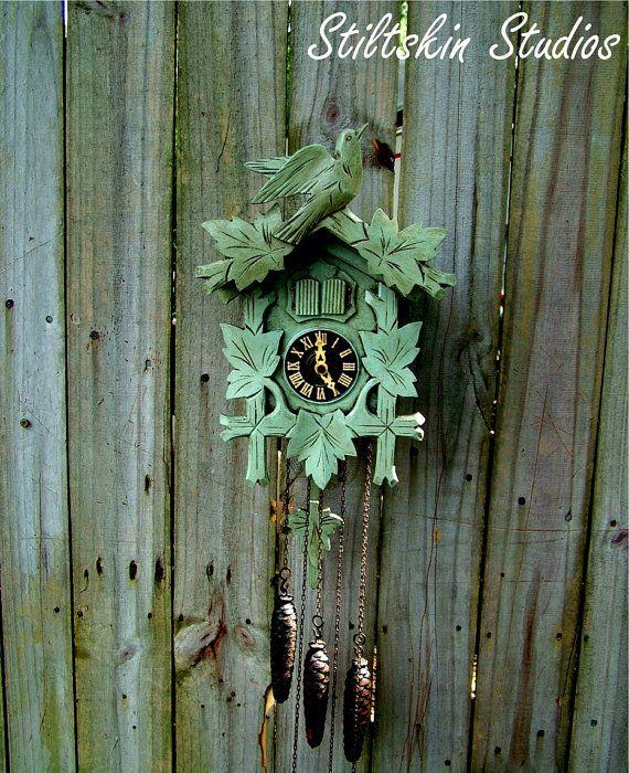 Shabby Cottage Cuckoo Clock