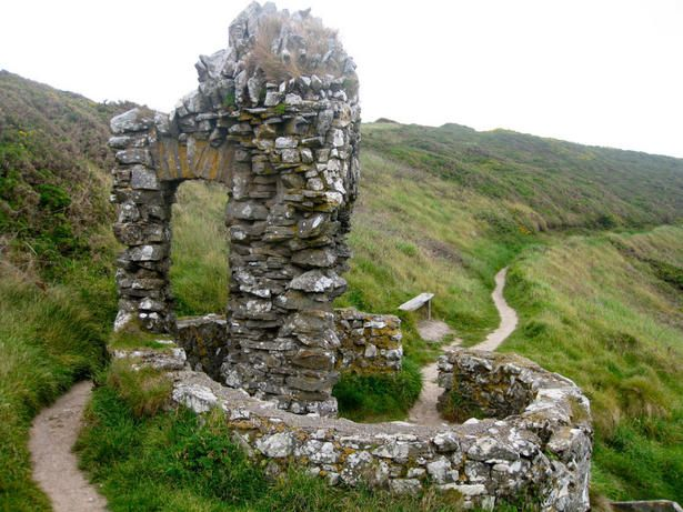 Saint Declan's Well - 5th century - Ardmore, County Waterford -Places to see for me and Brandon when we go=)