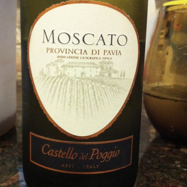 Moscato one of my favorites put a cork in it pinterest for Olive garden red wine