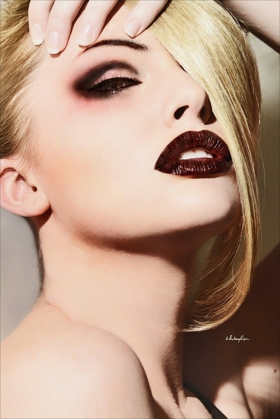 Oxblood lips & smokey eye