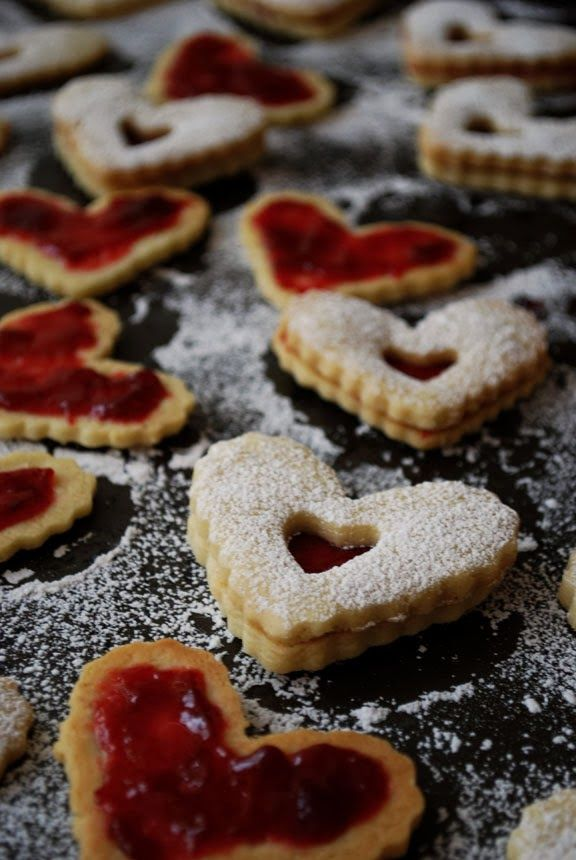 Linzer Heart Cookies | Pass the Cocoa | Wishlist | Pinterest