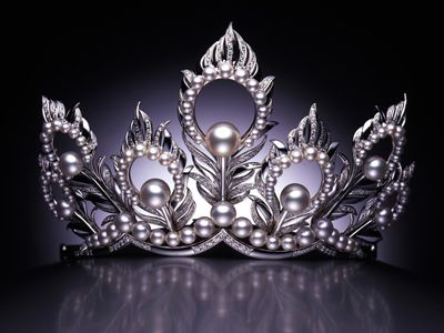 Miss Universe tiara by Mikimoto, for pageants from 2002-2007.