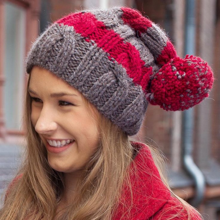 Вязание шапок для женщин с косами 156