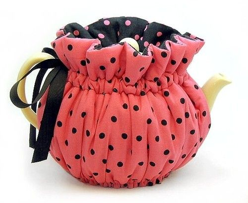 pink polka dot tea cozy