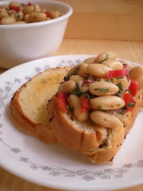 dip white bean soup white bean and artichoke dip white bean crostini ...