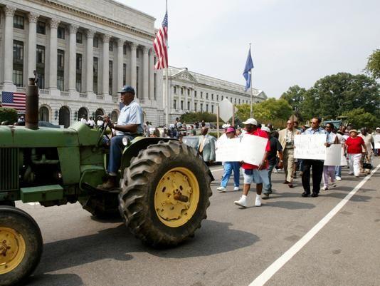 Black farmers still waiting for settlement money